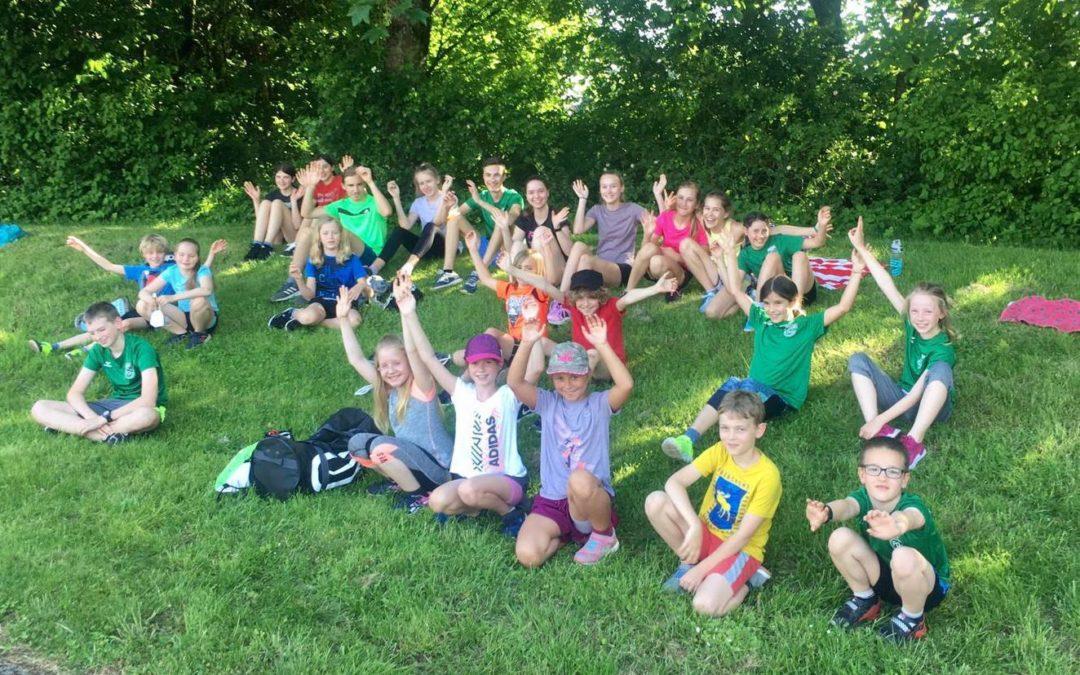 Kinder und Jugendliche im Leichtathletik wieder im Training